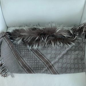 Gucci Accessories - Gucci scarf with fur